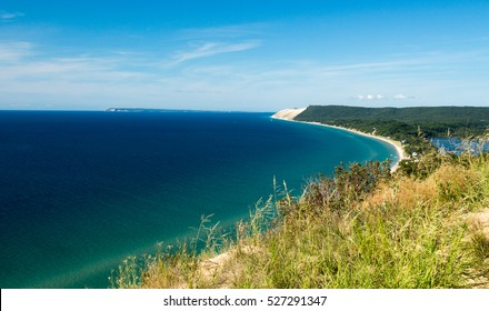 A beautiful view of the Sleeping Bear Dune National Seashore coast