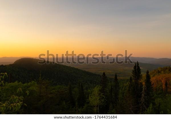 beautiful-view-summit-la-chouenne-600w-1