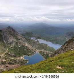 A beautiful view at the summit of Mount Snowdon