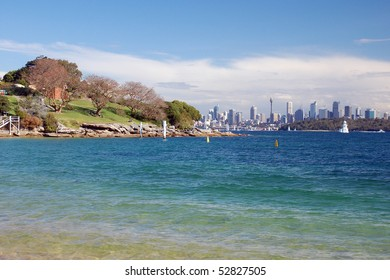 Beautiful view of Sydney from Lady Bay (Watson)