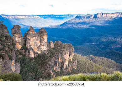 Beautiful View of the Three Sisters Rock Formations in Blue Mountains National Park in Australia