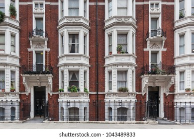a beautiful view of victorian building in the center of London
