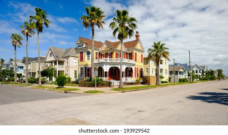 Beautiful vintage homes of the historical district in Galveston, Texas.