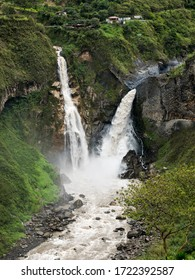 Beautiful wateralls in Baños, Ecuador.