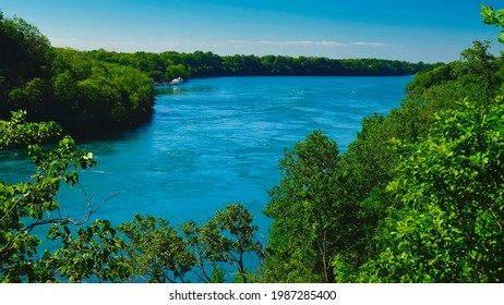beautiful waters of the mighty Niagara River