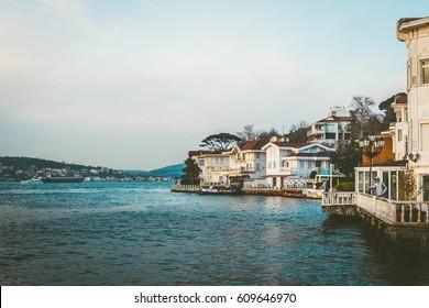 Beautiful waterside residence in Istanbul - Turkey