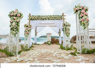 beautiful wedding decorated on beach wedding setup.