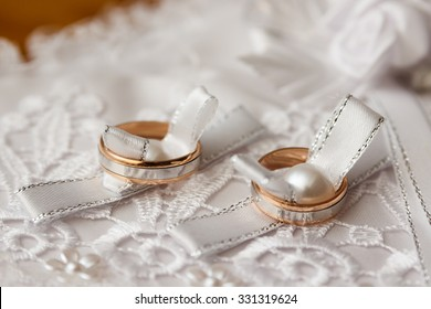 Beautiful wedding rings on blurry background macro