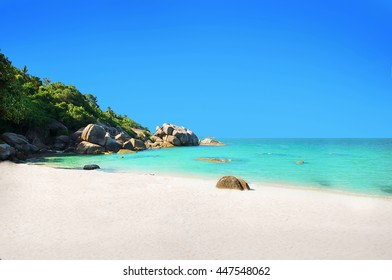 Beautiful white sand beach. Samui Lamai Chaweng beach. Thailand. Crystal bay beach Samui.