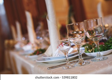 Beautiful wine and champagne glasses in the restaurant.
