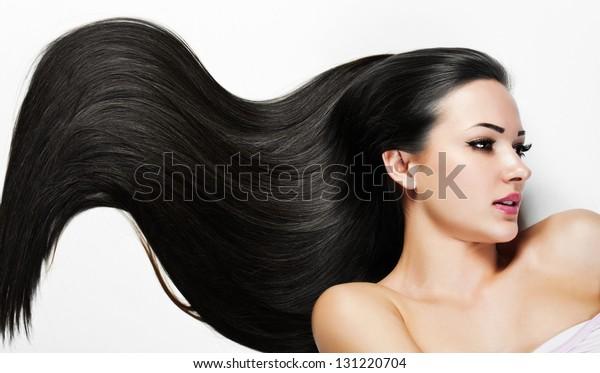 Schöne Frau. Schönheitsmodell Frau. Friseur. Frauenbad