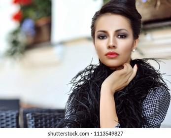 Beautiful woman face - close up portrait