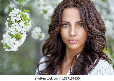 Beautiful woman face with perfect skin - close up