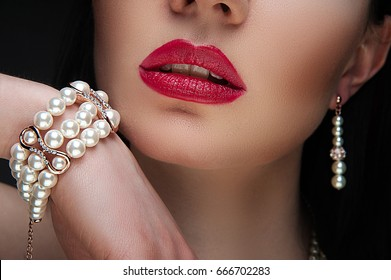 beautiful woman with jewelry, close-up