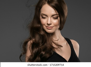 Beautiful woman with long hair natural fashion make up cosmetic spa salon concept beauty female