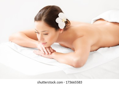 Beautiful Woman in Spa Salon Gets Relaxing Treatment. High quality image