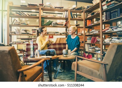 Beautiful women discussing business in relaxed atmosphere