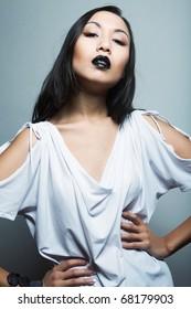 hina-sakura-lovely-real-asian-model-sexy-panties-and-naughty-knickers