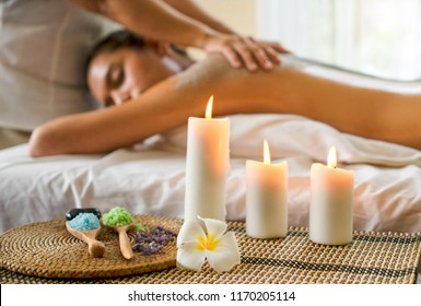 Beautiful young Asian woman sleep relaxing in the Oil spa massage in salon.
