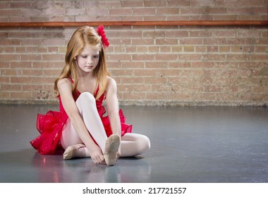 little girl pantyhose models 2,128 Little Girls In Tights Stock Photos, Pictures ...