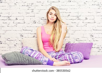 Planetteensexy Hot Bond Showing In Pajami