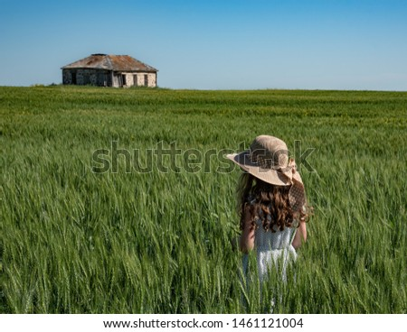 beautiful-young-girl-hat-wheat-450w-1461