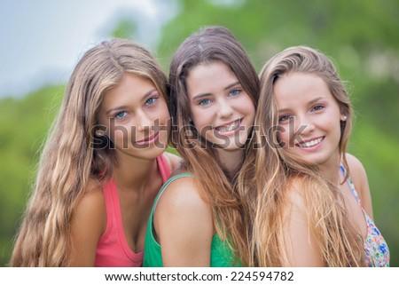 Girlfriends in thongs porn