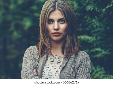 Beautiful young woman portrait - close up