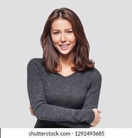 美しい若い女性のポートレート