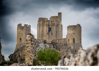 Beautifull castle of Rocca Calascio, famous for the location of the famous movie Ladyhawke in the province of L'Aquila, Abruzzo, Italy