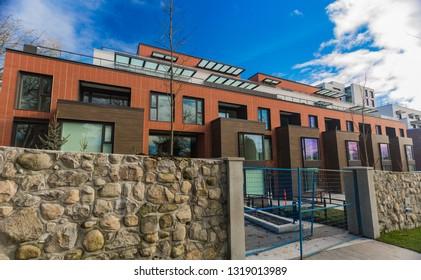 Beautifull townhomes new development. Modern Apartment Complex Under Construction