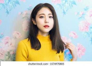 Le concept de beauté d'une femme asiatique. Maquillage coréen.