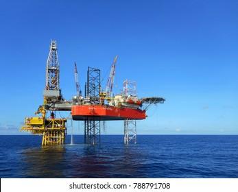 Beauty drilling rig on platform
