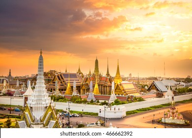 The beauty of the Emerald Buddha Temple and the Grand Palace at twilight,This is an important buddhist temple and a famous tourist destination of bangkok, thailand