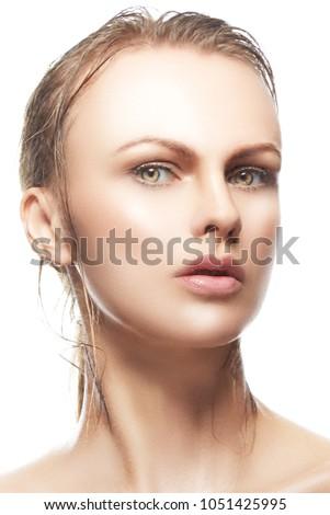 Beauty Face Model Girl Wet Blonde Stock Photo Edit Now 1051425995