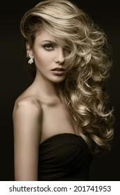 beauty girl blond curls