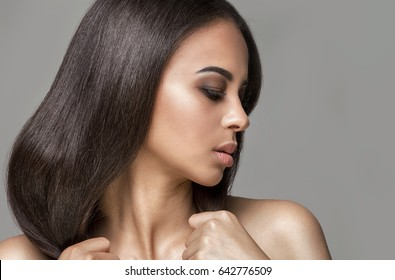 Beauty portrait of young african american woman with glamour makeup.