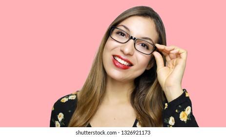 a basso prezzo 646f6 128c9 Donna Con Occhiali Images, Stock Photos & Vectors | Shutterstock