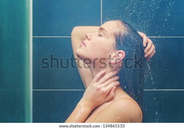 Beauty under shower