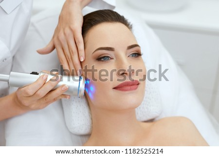 Blue light facial treatment phrase Very
