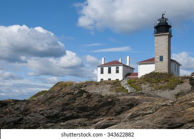Beavertail lighthouse was built during Colonial times and is one of the oldest lighthouses in America. It is a favorite summer Rhode Island attraction with its unique rocky shoreline.