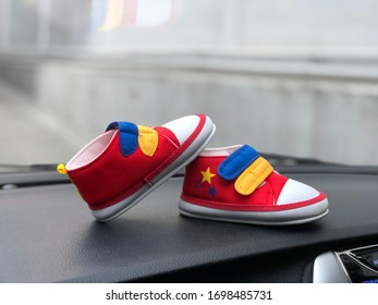 Beby shoes for children on background