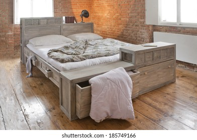 bed with drawer