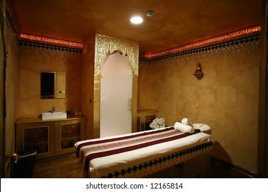 bed for oriental massage