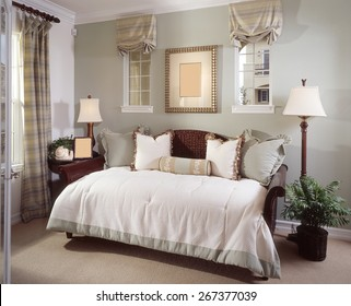 Bed Room Interior Design Home