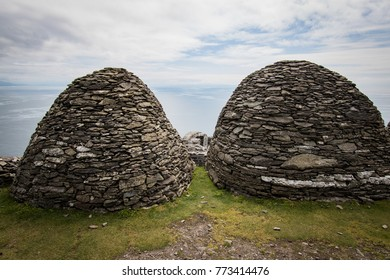 bee hive huts on skellig michael