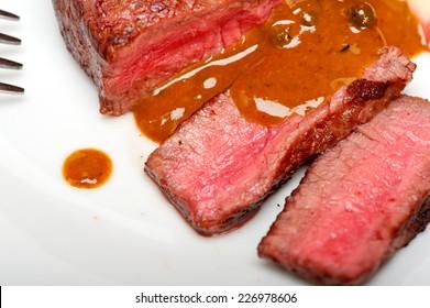 beef filet mignon with green peppercorn creamy sauce ou poivre vert