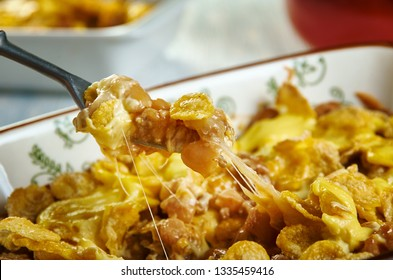 Beef  Nacho Casserole, avorite Mexican flavors and crunchy tortilla chips for dipping.