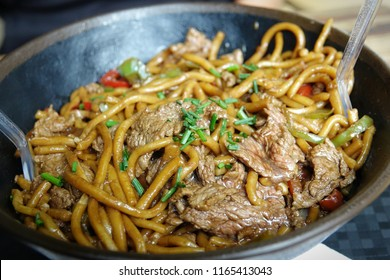 Beef Yakisoba noodles in Bowl