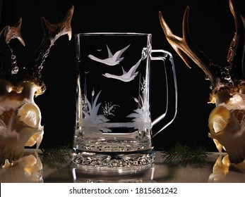 Beer glass with a goose motif, copper wheel engraving
